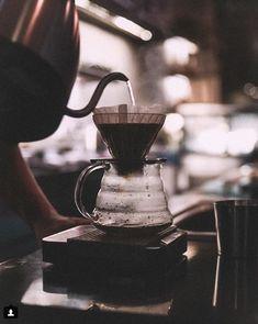 V60 Coffee, Home Brewing, Coffee Maker, Kitchen Appliances, Coffee Maker Machine, Diy Kitchen Appliances, Coffee Percolator, Home Appliances, Coffee Making Machine