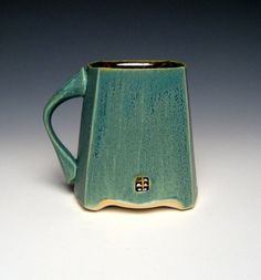 Square Green Mug by nickdevriespottery on Etsy love the handle shape and the chop placement Ceramic Tableware, Ceramic Cups, Ceramic Art, Pottery Mugs, Ceramic Pottery, Pottery Art, Pottery Ideas, Vases, Green Mugs