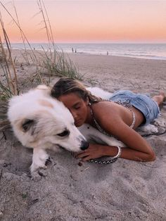 cuddling with a cute dog on the beach Cute Puppies, Cute Dogs, Dogs And Puppies, Doggies, Baby Animals, Cute Animals, Foto Top, Mans Best Friend, Belle Photo