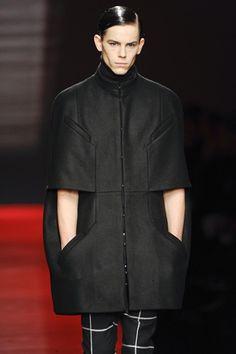 Hugo Boss F/W 2009 Menswear / cocoon coat / #MIZUstyle