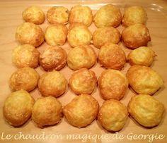 Gougères WW au Thermomix - Le chaudron magique Pain Thermomix, Thermomix Bread, Thermomix Desserts, Ww Desserts, Snack Recipes, Healthy Recipes, Snacks, Quiche, Bread Cake