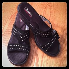 Very soft Skechers memory form sandal  ☀️These black and silver 3 inch wedge saddles are the perfect fit for summer.  Skechers Shoes Sandals