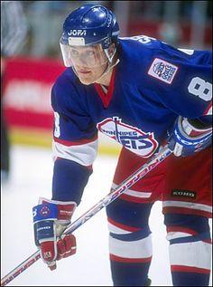 I am a huge Selanne fan. Jets Hockey, Ice Hockey Teams, Hockey Players, Nhl Games, Hockey Games, Hockey Room, Stars Hockey, Tampa Bay Lightning, Vancouver Canucks