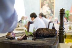Tagliata di angus all'olio d'oliva di Mezzane : taglio in sala