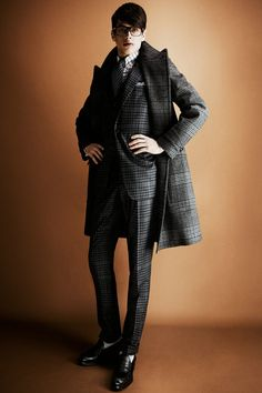 Tom Ford Fall 2013 Menswear Collection Slideshow on Style.com