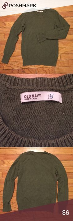 XS Vintage Sweater - Olive Green - Crewneck XS Vintage Crewneck Sweater, Old Navy 2011 collection, Olive Green, Cotton/Acrylic/Wool blend. Great vintage look!! Old Navy Sweaters Crew & Scoop Necks