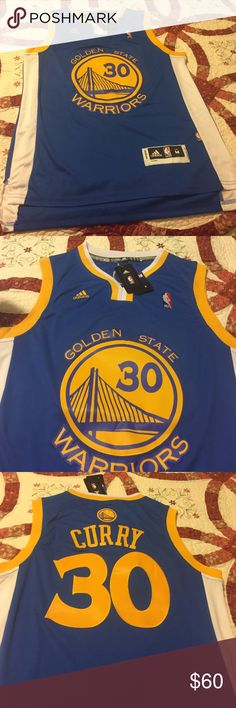 a452f22a1d7   New   🏀Men s Golden Gate Warriors Curry Jersey ⛹🏽🏀 Brand New with  tags! Never been worn Steph Curry Men s Size Medium Length Jersey!