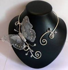 wire necklace with butterfly...simply beautiful.