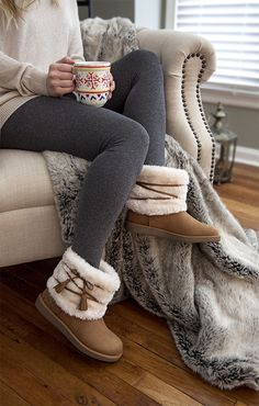 Stay warm and comfy this season in the Wynonna Cozy Boot from Airwalk.