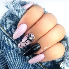 Classic Nails, Almond Nails, Peta, Nail Art Designs, Nailart, Make Up, Shapes, Beauty, Instagram