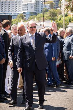 O príncipe já se encontra neste território português para uma visita de três dias