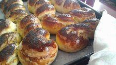Pečivo k snídani nebo ke kávě. - My site Bread Recipes, Cooking Recipes, Czech Recipes, Pretzel Bites, Bagel, Sausage, French Toast, Breakfast, Sweet
