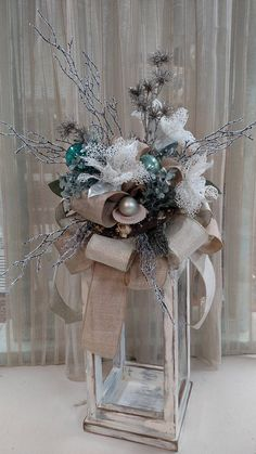 With a barnacle encrusted driftwood foundation and a pearl nestled in it's clam shell bed, this is a swag King Neptune himself would love! If nautical is your choice, then this swag is perfect for you. Elegant Christmas Trees, Christmas Tree Garland, Christmas Lanterns, Etsy Christmas, Blue Christmas, Rustic Christmas, Christmas 2019, Christmas Crafts, Primitive Christmas