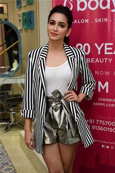 Kriti Kharbanda at the launch of Bodycraft Spa and Salon in Mumbai Bollywood Girls, Bollywood Stars, Bollywood Fashion, Bollywood Actress, Beautiful Girl Indian, Most Beautiful Indian Actress, Beautiful Actresses, Parneeti Chopra, Kirti Kharbanda