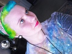k Neon Green Hair, Colorful Hair, Hair Color, Party, Fashion, Moda, Haircolor, Colored Hair, Fashion Styles