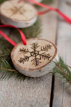 392bf418fc6 DIY Christmas Ornaments   DIY Etched Snowflake Ornaments in Birch · Deco  NavidadAdornos De NavidadMadera ...