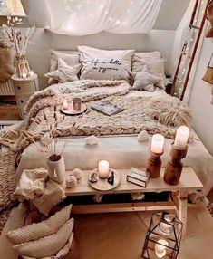 Cute Bedroom Ideas, Room Ideas Bedroom, Home Decor Bedroom, Bedroom Inspiration Cozy, Bedroom Bed, Bedroom Rugs, Bedroom Black, Bedroom Modern, Master Bedroom