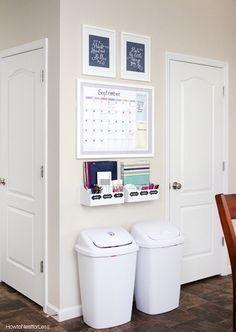20 Command Center Ideas to Inspire - unOriginal Mom - http://centophobe.com/20-command-center-ideas-to-inspire-unoriginal-mom-3/ -