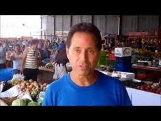 ▶ Lou Corona - Largest Farmer's Market in Central America with The Raw Food Doctor Dr. Ali Amiri  ♥ love this man!...mmm fresh cane juice...i'm living in the wrong part of the world seriouslly