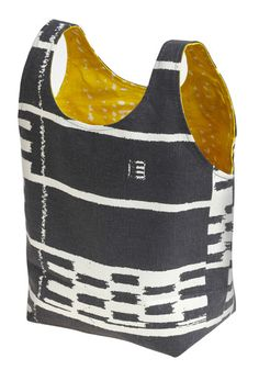 tote bag: org cotton, sustainable hemp, hand-printed w/ biodegradable pigments. love!