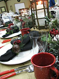 Love the use of black as an accent with the Jingle bells and red berries to accent the napkins.