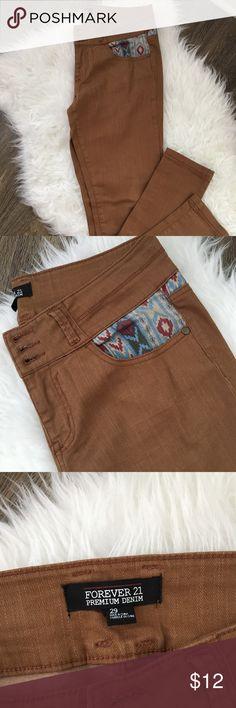 Forever 21 tan tribal print jeans. Forever 21 tan tribal print skinny jeans. Forever 21 Jeans Skinny