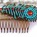 Haarkämme - Haarkamm in bronze mit türkis rotem Feder Ornament - ein Designerstück von glitzerkaestchen bei DaWanda