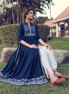 Pakistani Dress Design, Pakistani Suits, Pakistani Dresses, Salwar Suits, Fancy Dress Design, Stylish Dress Designs, Stylish Dresses, Casual Dresses, Indian Fashion Dresses