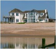 Camber Beach House - Beautiful houses on the East Sussex shoreline, available for holiday lets, film and photo shoots. Summer In England, Camber Sands, Dream Beach Houses, Weekends Away, East Sussex, Coastal Living, Beautiful Homes, Places To Visit, Beach Homes