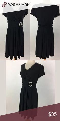 """R&M Richards dress Waist: 31"""" Bust: 37"""" Shoulder to hem: 40"""" Polyester    Item #1603 R&M Richards Dresses"""