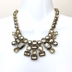 """Loft Statement Necklace Squared stones Statement necklace. New with tags. 16"""" inches Lenght LOFT Jewelry Necklaces"""