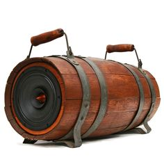 18th Century Dual Handle Whiskey Barrel featuring a Single Full Range Woofer. Full Balanced Sound in a simple and clean design. 200 Watt BoomCase