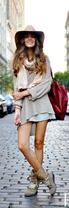 Casual / Country / Boho / Oversized Sweater / Cut Off / Boots / Natural
