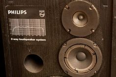 Re-foam Your Old Speakers : 18 Steps (with Pictures) - Instructables Diy Electronics, Electronics Projects, Carver Amplifier, Home Theater Installation, Power Wire, Diy Speakers, Construction Tools, Smart Home Automation, Speaker Design