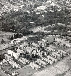 An aerial view of Fairfield Infectious Diseases Hospital. The Fairfield Park Boathouse on the Yarra River can be seen in the middle distance, with Heidelberg Road and the suburbs of Fairfield and Alphington at the top of the picture Melbourne Victoria, Victoria Australia, Clifton Hill, As Time Goes By, St Kilda, Historical Images, History Photos, Melbourne Australia, Historic Homes