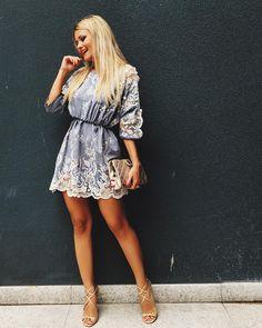 """""""Já aqui no @shopping_totalbras fazendo escolhas gatas ❤️ Que tal esse vestido com aplicação de renda? Achei tão romântico e feminino, amei! """""""