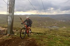 Using the ski lift means you can ride the various Afriski trails all day without having to pay 'gravity tax'. The TREAD Skills crew will hold a 'Taming of Gravity' Clinic on the Saturday morning to ensure everyone can use the ski lift and ride the trails safely.