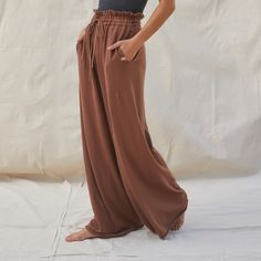 """With their wide leg and slightly dropped crotch, """"Relaxed Pant"""" is the perfect name for these because that's the only way to feel while you're wearing them. The high rise means you can pair them with a t-shirt, a tank top, or just a bralette and still look completely put together. Modest Fashion, Boho Fashion, Fashion Outfits, Casual Wear, Casual Outfits, Cute Outfits, Fur Clothing, Work Dresses For Women, Cotton Silk"""