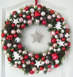 Türkranz Weihnachten XXL rot weiß rosa 37cm Kugelkranz Wandkranz Weihnachtskranz