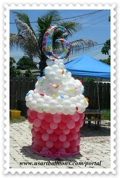 Google Image Result for http://usartballoons.com/portal/content/gallery/balloon-cake/DSCN8994.JPG