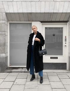 Everyday Look (Victoria Törnegren) Trendy Outfits, Fall Outfits, Everyday Look, Uniqlo, Cool Things To Buy, Normcore, Victoria, Casual, Style