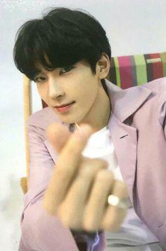 Mingyu, Seungkwan, Woozi, Boyfriend Pictures, Seventeen Wonwoo, Adore U, Seventeen Wallpapers, Boys Wallpaper, Funny Boy
