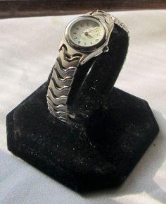 Women's L.A. Express water resistant quartz date Wrist Watch w/ New battery! #LAExpress #Fashion