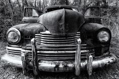 Old Ford in an old Ford graveyard so to speak just south of Tallahassee. Fun place to shoot I could spend days with these old cars.  Gear: TAMRON SP 15-30mm F/2.8 Di VC USD A012 / Canon EOS 5D Mark III . . . . #hahnnaturephotography #outdoorphotoworkshops #withmytamron #tamronusa #blackandwhite #bnw_planet #blackandwhitephotography #blackandwhite_art #vintage #classic_cool #antiqueford #rusty . .Jason Hahn Hahn Nature Photography LLC http://ift.tt/2kp9SSs