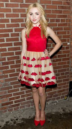 how to dress like peyton list   peyton-list-alice-olivia
