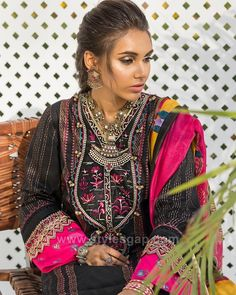 Indian Paksitani Stylish & Best Neckline Gala Designs for Asian Girls 2020 Collection for Asian Women consists of simple casual, heavy formal neck styles Asian Woman, Asian Girl, Shalwar Kameez Pakistani, Gala Design, Neckline Designs, Eid Dresses, Eid Collection, Latest Mens Fashion, Designer Dresses