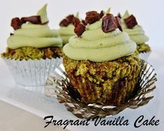 Raw Peppermint Chip Cupcakes | Fragrant Vanilla Cake