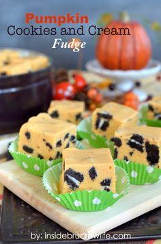 Pumpkin Cookies and Cream Fudge