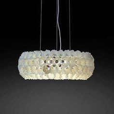 English designer Gary Sanders created stunning shuttlecock lamps made out of upcycling a badminton waste product. Cabin Lighting, Cool Lighting, Chandelier Lighting, Chandelier Ideas, Lighting Ideas, Lighting Design, Shed Antlers, Light Crafts, Recycling