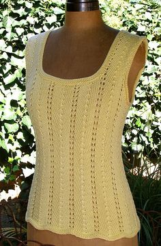 Free knitting pattern for Summer Tee Top sleeveless lace tank - Claudia Olson's lace top is easy to knit and customize by adding or subtracting 14 sts to change bust size. Knitting Stitches, Knitting Patterns Free, Knit Patterns, Free Knitting, Gilet Crochet, Knit Or Crochet, Top Pattern, Free Pattern, Summer Knitting